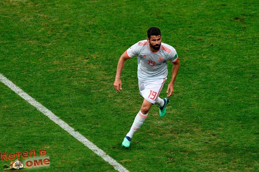 Диего Коста сравнивает счет вновь. 2 - 2