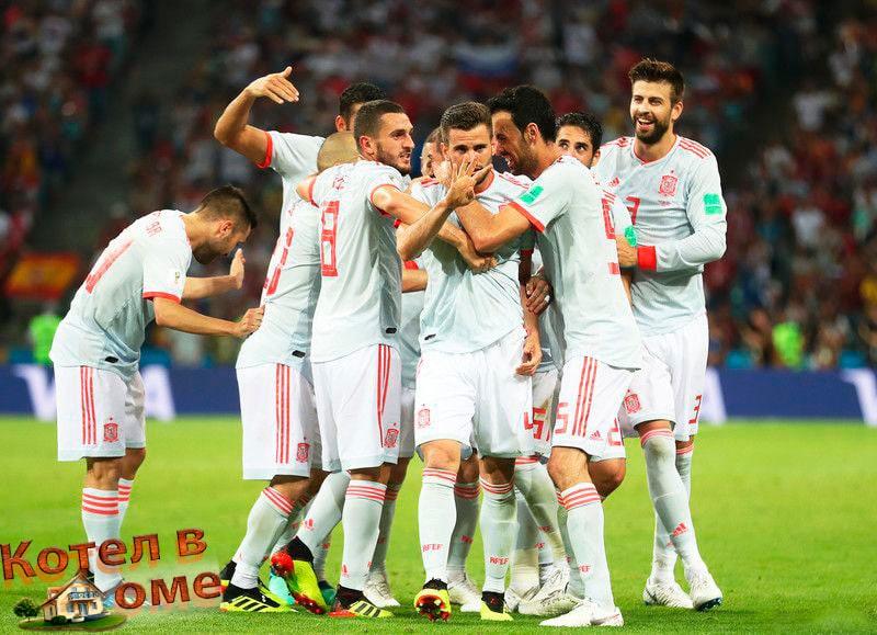 Фантастический удар Начо выводит Испанию вперед